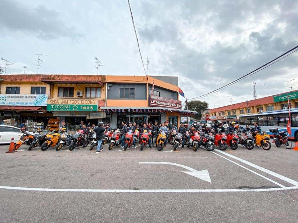 bikers group ride brotherhood