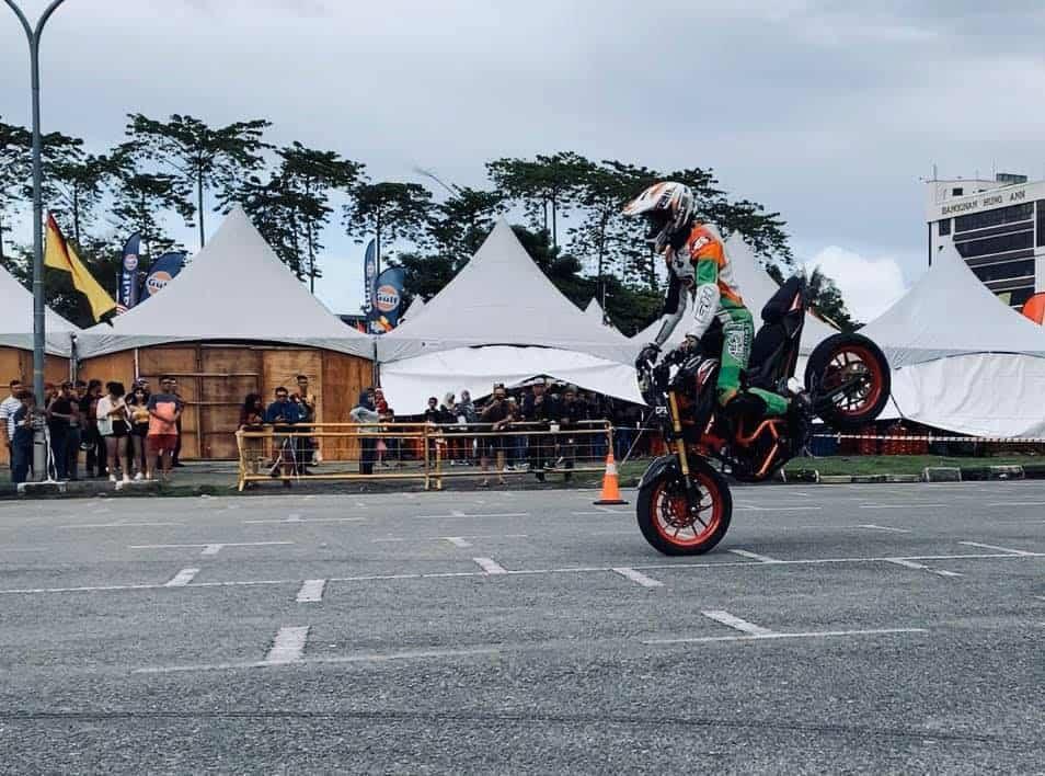 roadshow gpx kuching malaysia